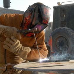 fabricación de piezas, repuestos y mejoras.
